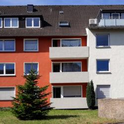Fassadensanierung Essen: Die neue Fassadengestaltung ist farbig und freundlich.